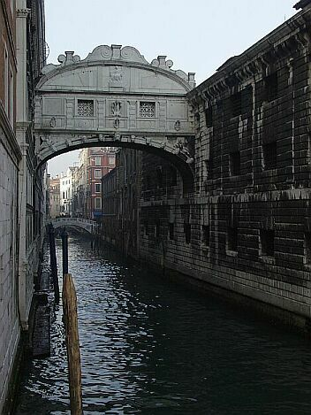 bridgeofsighs1.jpg